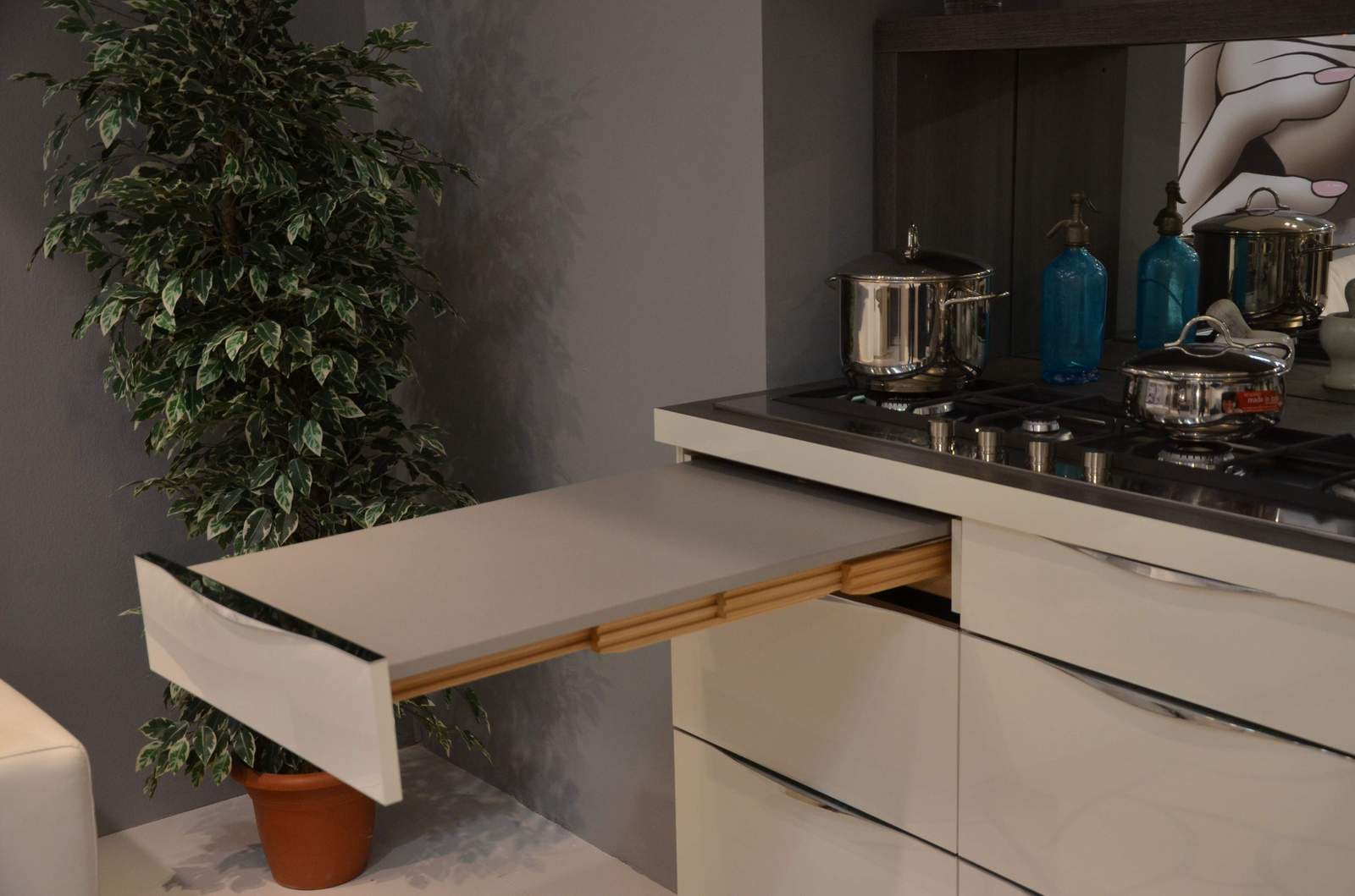Promozione trendlack outlet kuchen design roma for Cucine di design outlet