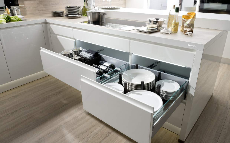 Alpha lack kuchendesign le cucine di qualit a roma for Nolte kuche alpha lack